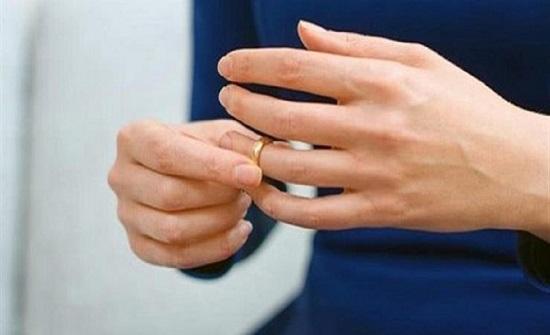 """مصر : خيانة مع """"محمود"""" ومنشطات جنسية تدفع زوجة لطلب الطلاق"""