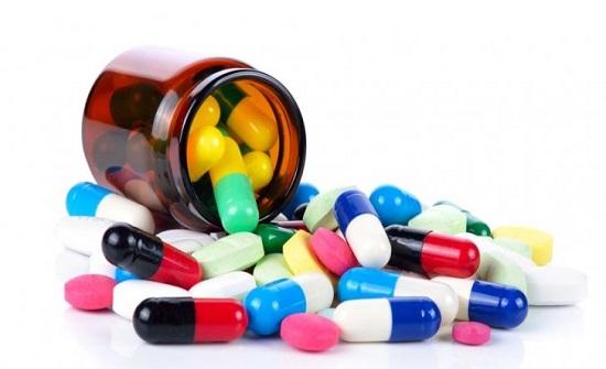 توزيع المرحلة الثالثة من العلاجات على المرضى بالطفيلة