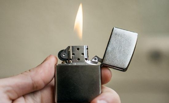بريطاني يحاول إشعال النيران في زوجته والسبب غريب