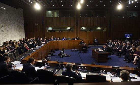 الكونغرس يستأنف الثلاثاء جلسات الاستماع الخاصة بعزل ترامب