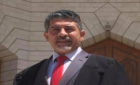 ترقية الدكتور صامد دراوشة إلى رتبة أستاذ مشارك في جامعة إربد الأهلية