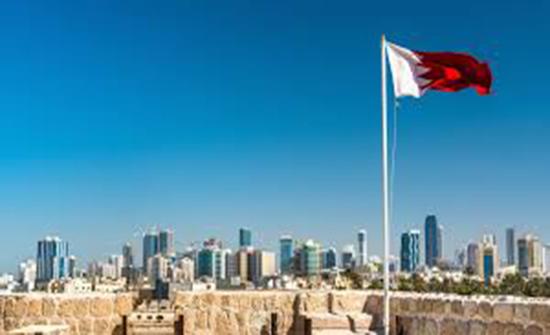 البحرين: السماح للطائرات القطرية بعبور مجالها الجوي اعتبارا من صباح اليوم