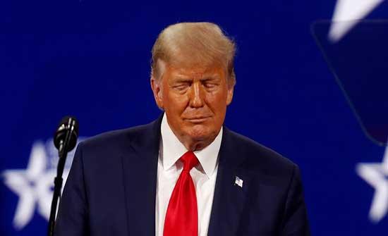 """""""فيسبوك"""" يقرر الأربعاء """"مصير ترامب"""""""