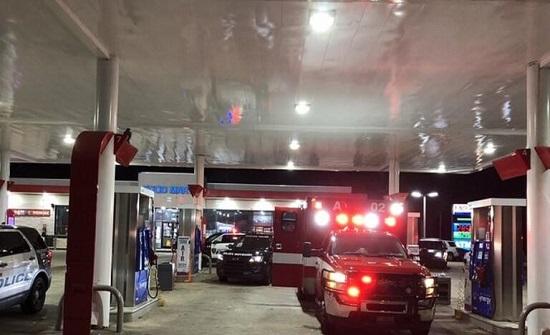 اميركي يسرق سيارة إسعاف وفي داخلها مريض !