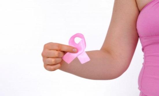 ناجية من سرطان الثدي تروي قصتها مع المرض