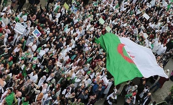 من سيحكم الجزائر بعد نهاية المرحلة الانتقالية؟