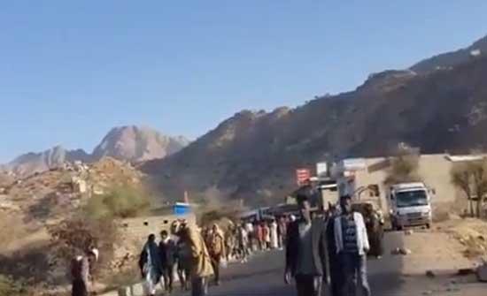 الإرياني: ترحيل الحوثي للأفارقة جريمة ضد الإنسانية