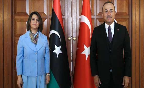 تشاووش أوغلو: ناقشنا مع الحكومة الليبية الاتفاقية البحرية وما يمكن اتخاذه حيالها