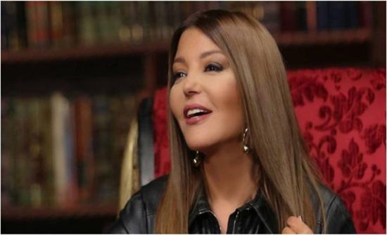 سميرة سعيد: تعرضت للتحرش ووالدتي تسببت في التنمر ضدي.. فيديو