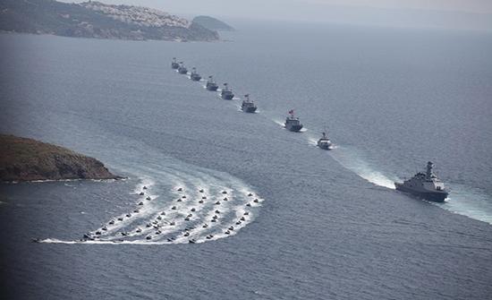 أثينا ستطلب اجتماعا للاتحاد الأوروبي بشأن تركيا وأنقرة ترد