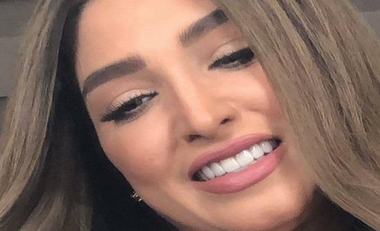 """جرأة فستان روجينا في حفل زفاف هنا الزاهد تعرضها لانتقادات لاذعة.. """"خسارة الحج"""""""