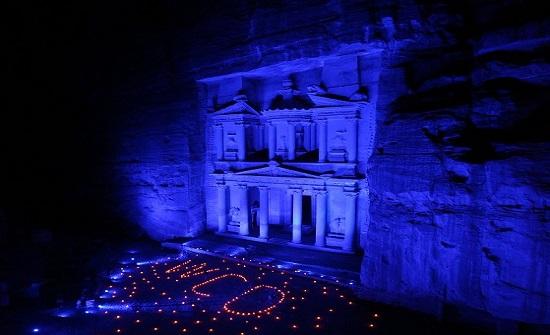 اليونيسف: اضاءة معالم بارزة في الأردن بالأرزق احتفالا بيوم الطفل العالمي