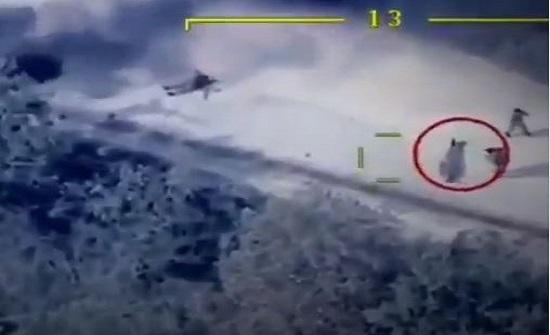 طائرات أذربيجان المسيرة تنسف موكب وزير الدفاع الأرميني .. بالفيديو