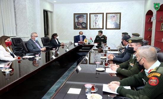 اتفاقية تعاون بين الجامعة الأردنية والخدمات الطبية الملكية