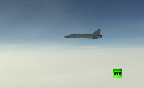 """""""ميغ-31"""" تعترض """"طائرة مخترقة"""" للأجواء الروسية"""