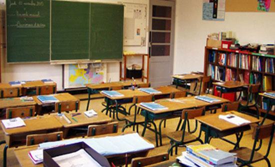 مصدر : كشوفات باسماء معلمين ومعلمات أصبحت جاهزة للتعيين على حساب الإضافي