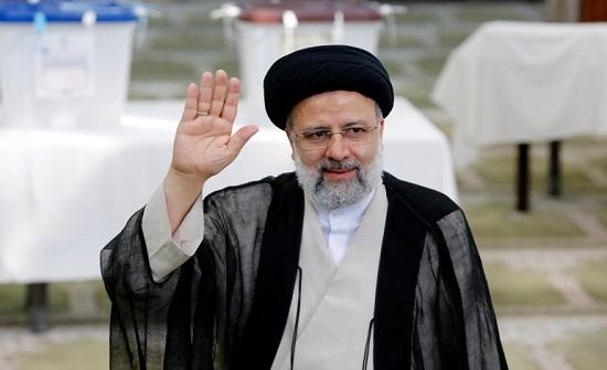 التلفزيون الإيراني يعلن فوز إبراهيم رئيسي بالانتخابات الرئاسية