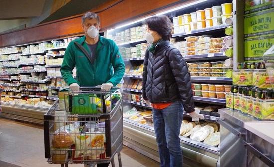 11 طريقة لحماية نفسك من الجراثيم أثناء التسوق في زمن كورونا..صور
