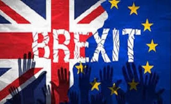 البرلمان البريطاني يدعم تأجيل بريكست