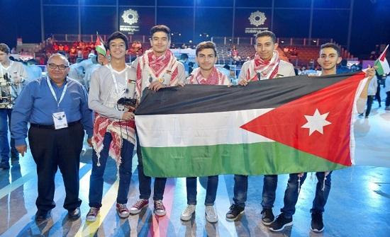 فريق النشامى الأردني يطور معارفه وخبراته في عالم الروبوتات