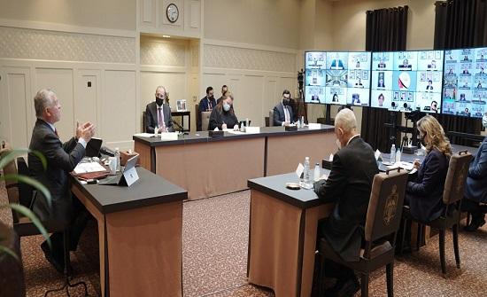 الملك يجتمع برؤساء البعثات الدبلوماسية الأردنية - صور