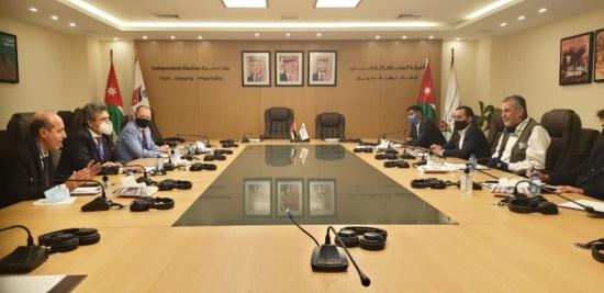 وفد منظمة التعاون الإسلامي يشيد بإجراءات العملية الانتخابية الاردنية
