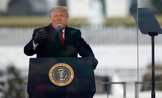 استطلاع: الجمهوريون يرغبون في بقاء ترامب زعيما للحزب