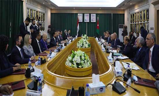 الفايز: القمة الأردنية العراقية المصرية خطوة متقدمة في إطار تعزيز العمل العربي المشترك