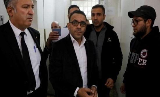 الاحتلال يعتقل محافظ القدس عدنان غيث