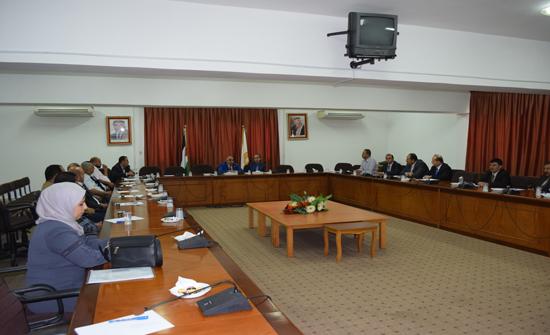 جامعة إربد الأهلية تعقد ورشة عمل لأعضاء الهيئة التدريسية الجدد