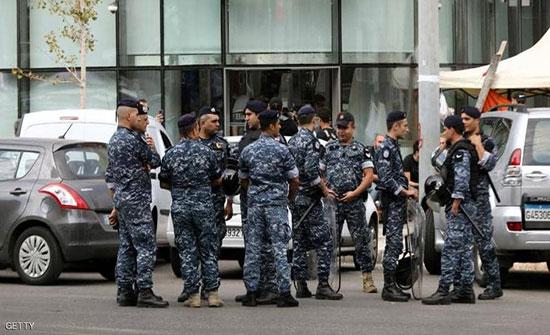 """القضاء اللبناني يوجه تهم """"فساد"""" لوزراء سابقين"""