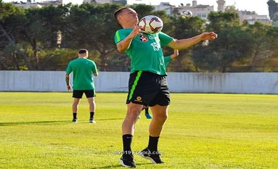 بالصور: منتخب أستراليا يباشر تدريباته في الأردن