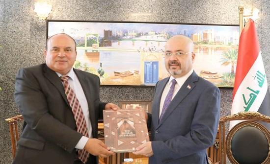 رئيس جامعة العلوم الإسلامية يلتقي السفير العراقي
