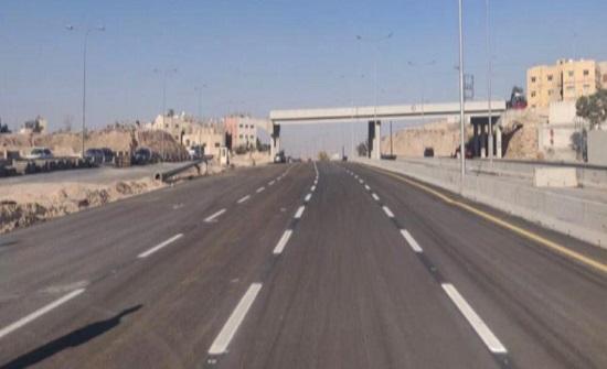 إعادة حركة السير القادم من الزرقاء باتجاه عمان أسفل جسر الحزام الاربعاء