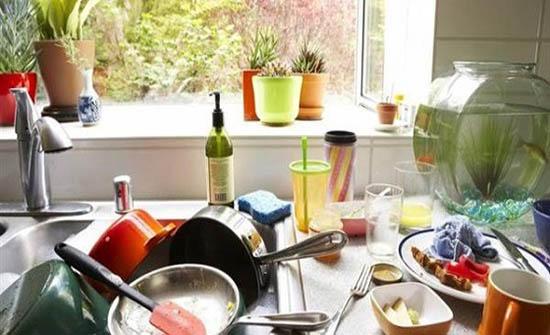 طريقة سحرية لغسل الأواني في الشتاء دون الشعور بالبرد