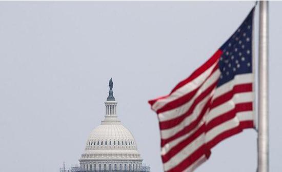 واشنطن تفرض رسوما جمركية على الاتحاد الأوروبي