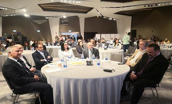 انطلاق القمة الأولى في الأردن المتخصصة في إرشاد الرياديين - صور