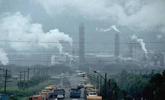 العيش في منطقة ملوثة يعادل تدخين 150 سيجارة في السنة