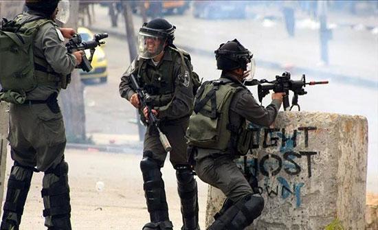 إصابة فلسطيني خلال مواجهات الجيش الإسرائيلي جنوبي الضفة