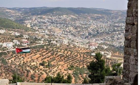 حوارية تناقش التحديات البيئية في عجلون