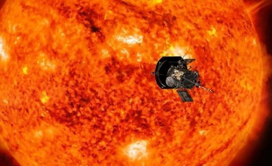 ناسا تكشف عن بقعة شمسية تنذر بانفجار هائل