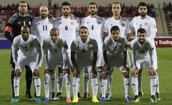 منتخب الكرة يُصعّد تدريباته قبل السفر إلى ماليزيا