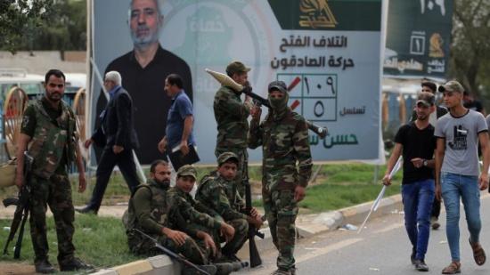 """طهران تتنصل من هجماتهم.. و""""كتائب حزب الله"""" تهدد أميركا"""
