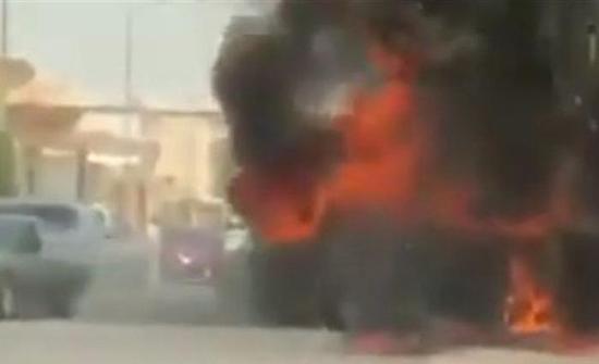 فيديو : رد فعل سائق لحظة اشتعال النيران في سيارة بجوار منزله في السعودية