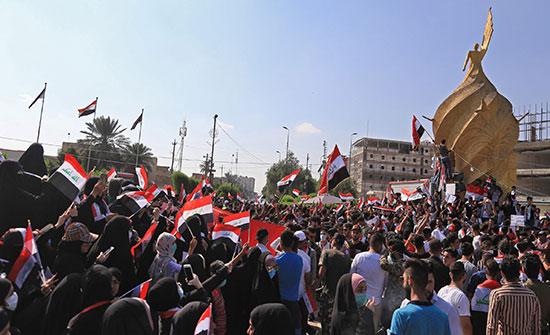 بالفيديو : العراق.. تظاهرة أمنية مؤيدة للمحتجين في كربلاء