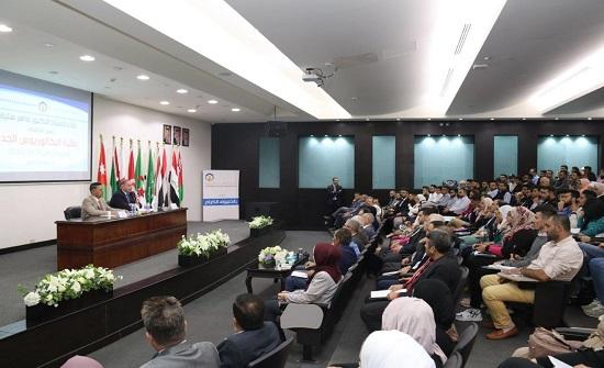 """رئيس """"عمان العربية"""": الجامعة تتجه للتحول لجامعة ذكية"""