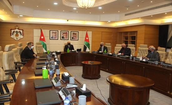 الخصاونة : الأردن اجتاز بنجاح استحقاق الانتخابات النيابيّة رغم كورونا