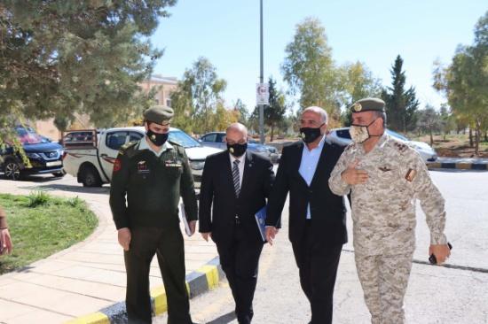 رئيس جامعة الحسين بن طلال يستقبل قائد المنطقة العسكرية الجنوبية