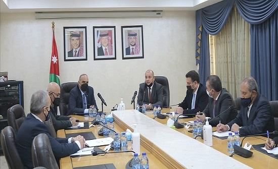رئيس الوزراء يلتقي رئيس مجلس النواب والمكتب الدائم ورؤساء الكتل