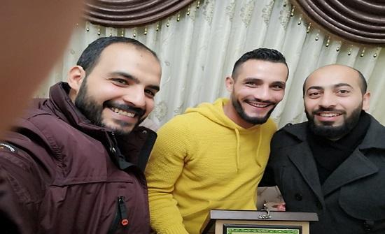 """""""شباب العمل الإسلامي"""" يكرمون اللاعب عيد لموقفه الرافض للتطبيع"""